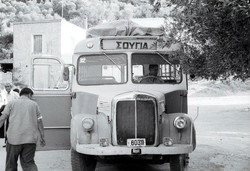 Old Bus to Sougia