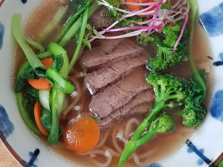 Rindsknochensuppe mit Shio-Koji Angus / beef bone broth