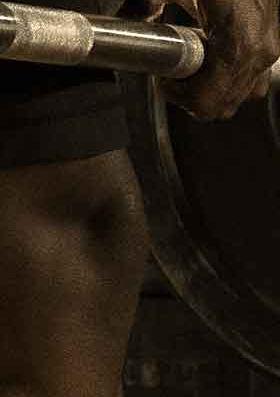 MX19_LIFESTYLE_AP male deadlift cropped_