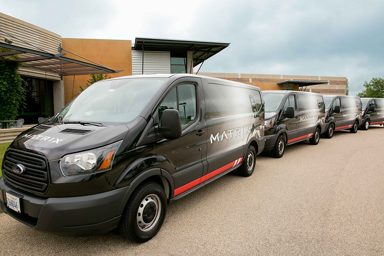 MX19_LIFESTYLE_Service Vans front to bac
