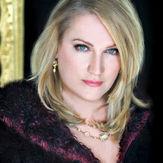 Kristin - high resolution headshot Opera