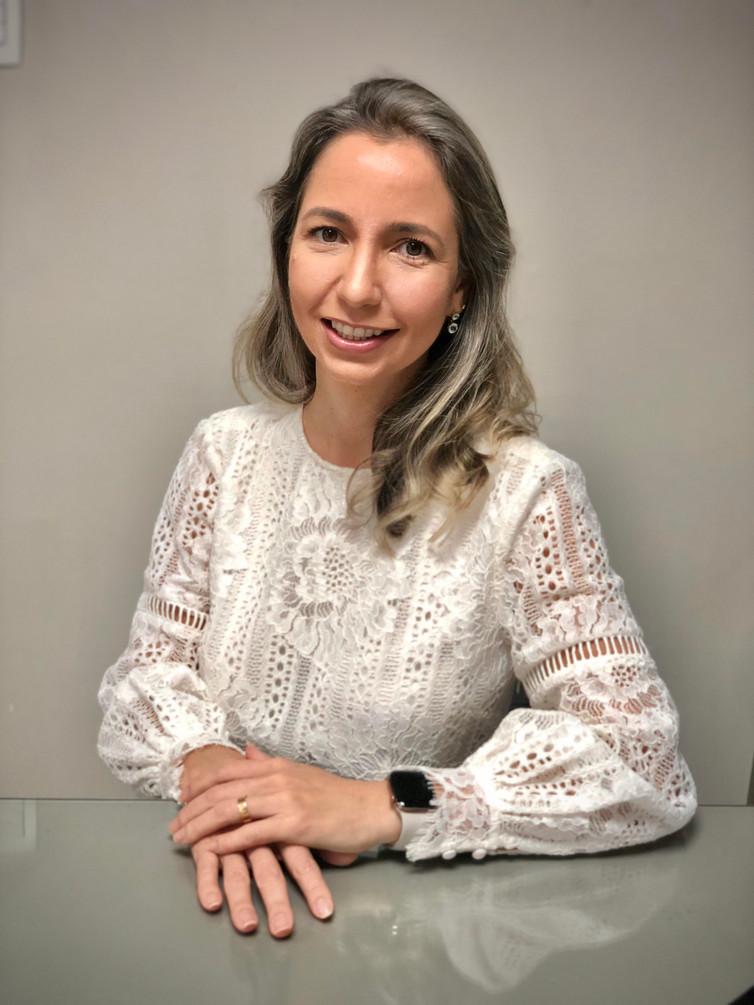 Dra. Cristina Vargens (BA)