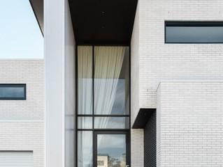 5 Desain Pintu Rumah yang Sesuai dengan Tema Anda (1)