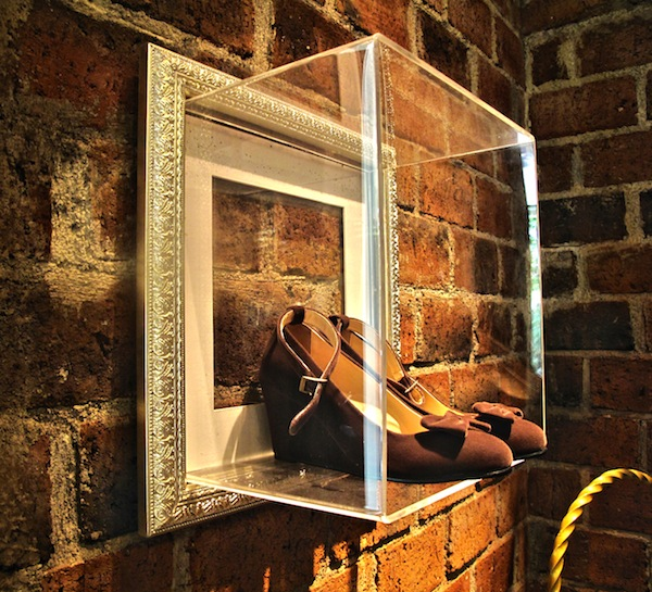 FRAME YOUR SHOES