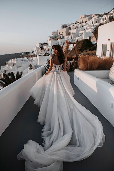 Santorini-Editorial-Tali-Photography-1.J