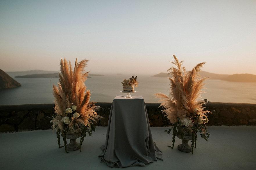 Santorini-Destination-Wedding-J&E-9.jpg