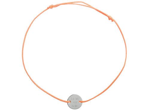 """Kopie von Stoffband orange, Kreis graviert """"la vie est belle"""""""