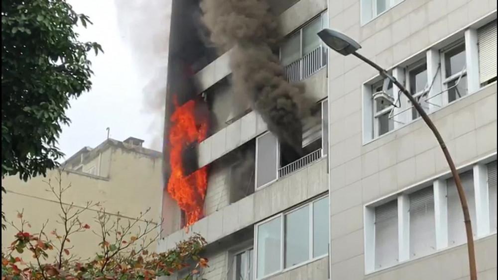 Incêndio em edifício residencial no Rio de Janeiro