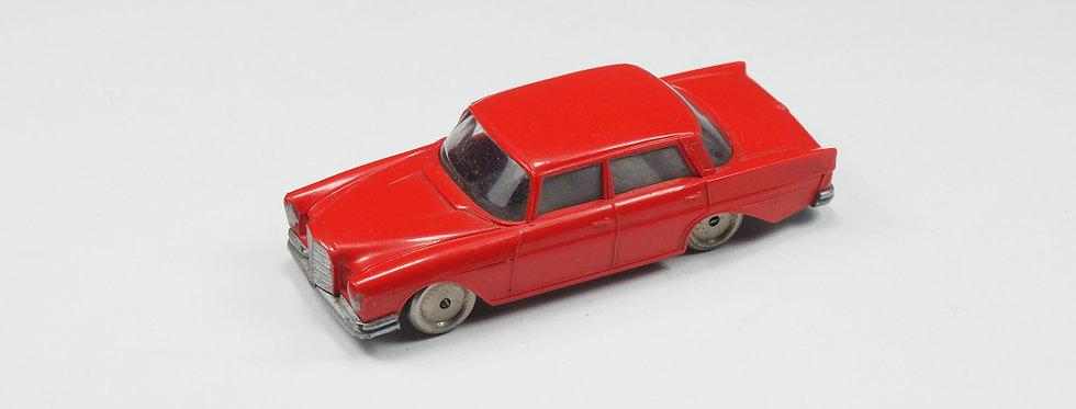 LEGO - Mercedes 220 S - Rouge - HO 1/87