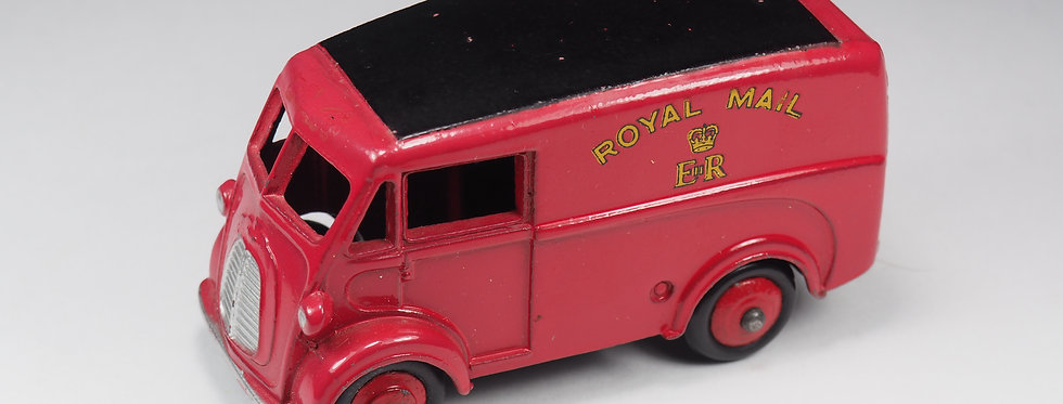 DINKY TOYS ENGLAND - 260 - Morris Commercial « Royal mail » van
