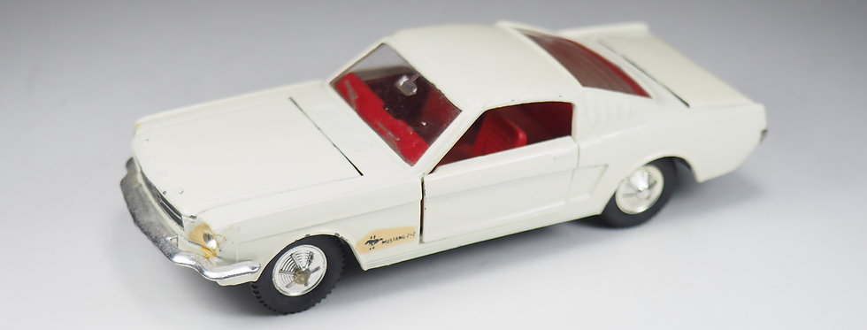 DINKY TOYS ENGLAND - 161 - FORD MUSTANG FASTBACK - 1/43