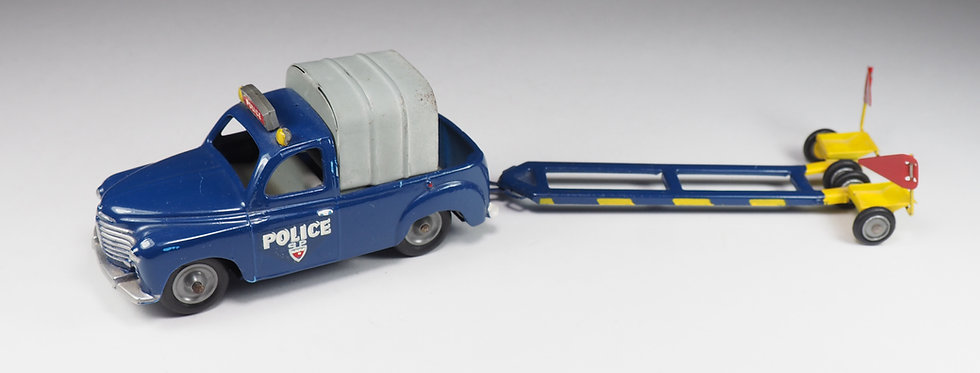 CIJ EUROPARC - 3/65 - RENAULT COLORALE CHARIOT POLICE «ZONE BLEUE» - 1/43
