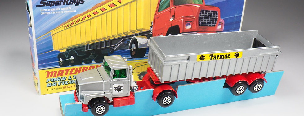 MATCHBOX SUPER KINGS - K18 - FORD LTS ARTICULATED TIPPER « TARMAC »