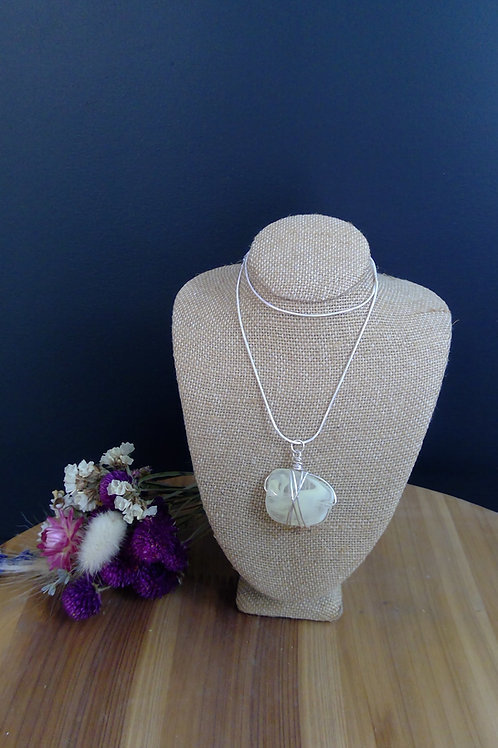 Wired Stone Necklace
