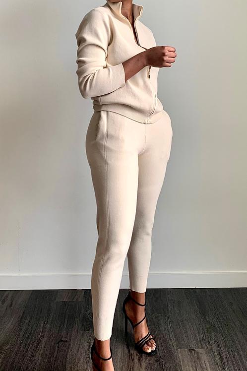 Milano Pants Set Biege    Preorder    Estimated Shipping  1/22