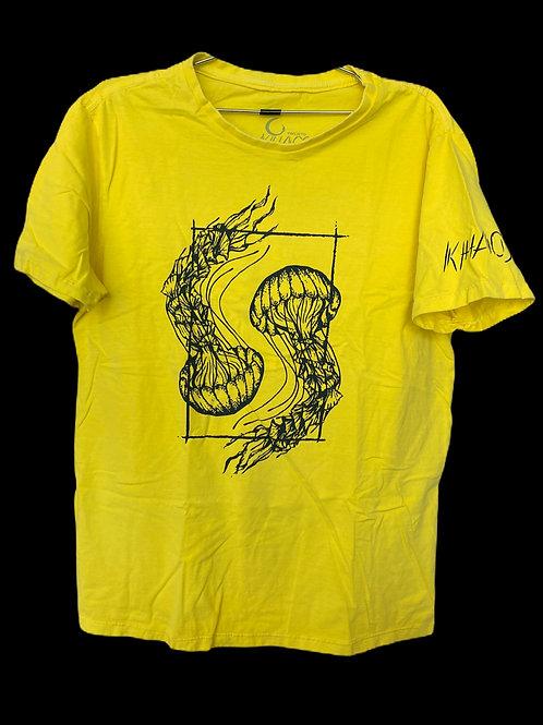 Série 1: camiseta amarela água-vivas