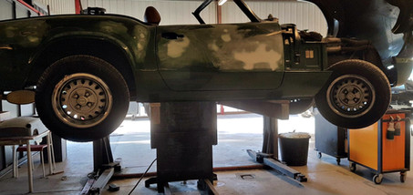 TRIUMPH Spitfire 1500 - tôlerie