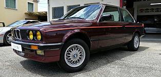 BMW 320i E30 restaurée chez Atelier 76