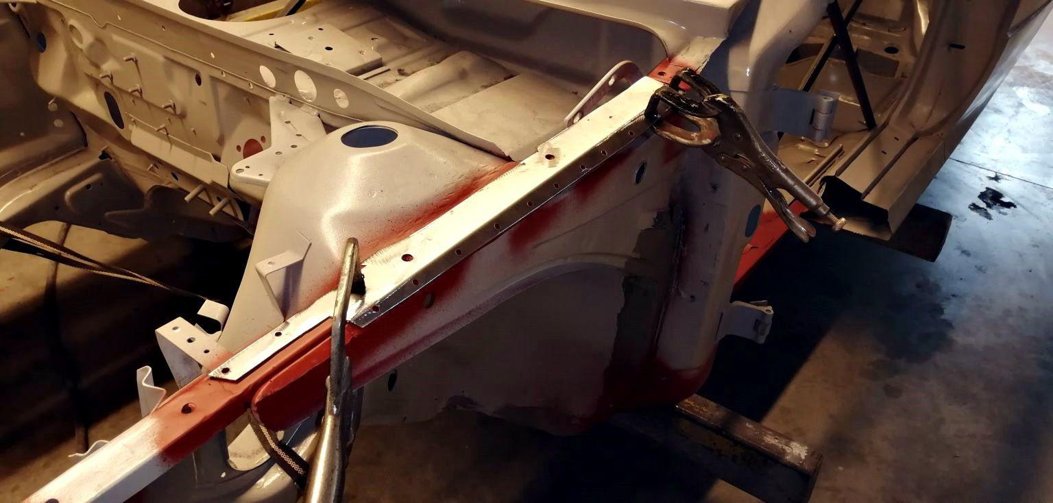 AUDI Quattro - réparation aile avant gauche