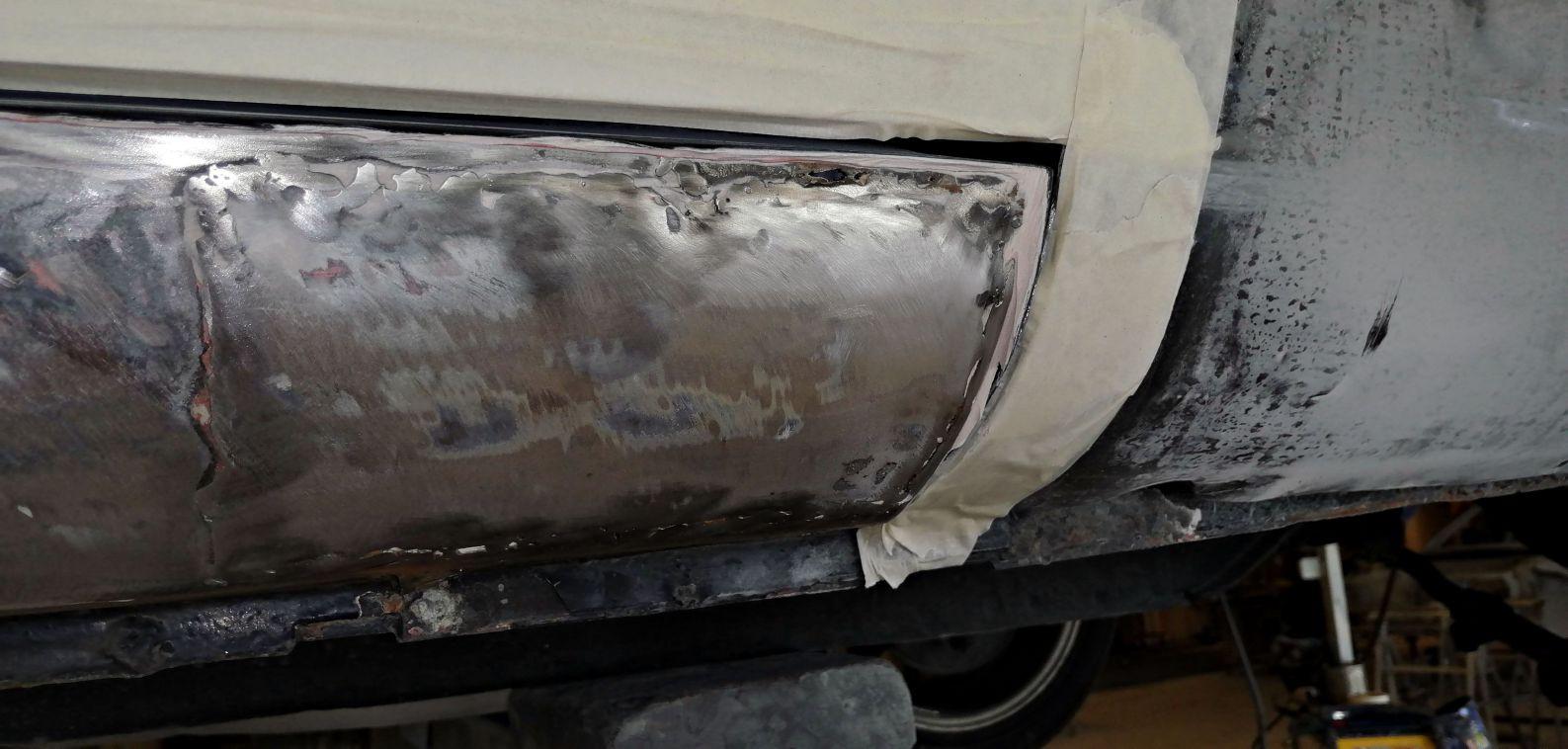 Réfection bas de caisse droit - FORD Mustang Fastback