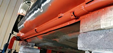 Réparation fixations des lignes d'huile - Projet transformation PORSCHE 911 en RSR