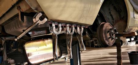 FORD Mustang cabriolet 1965 : fond d'aile arrière droit