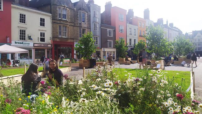 LDA Design turns Oxford's Broad Street into Broad Meadow
