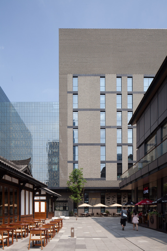 Modern China embraces heritage