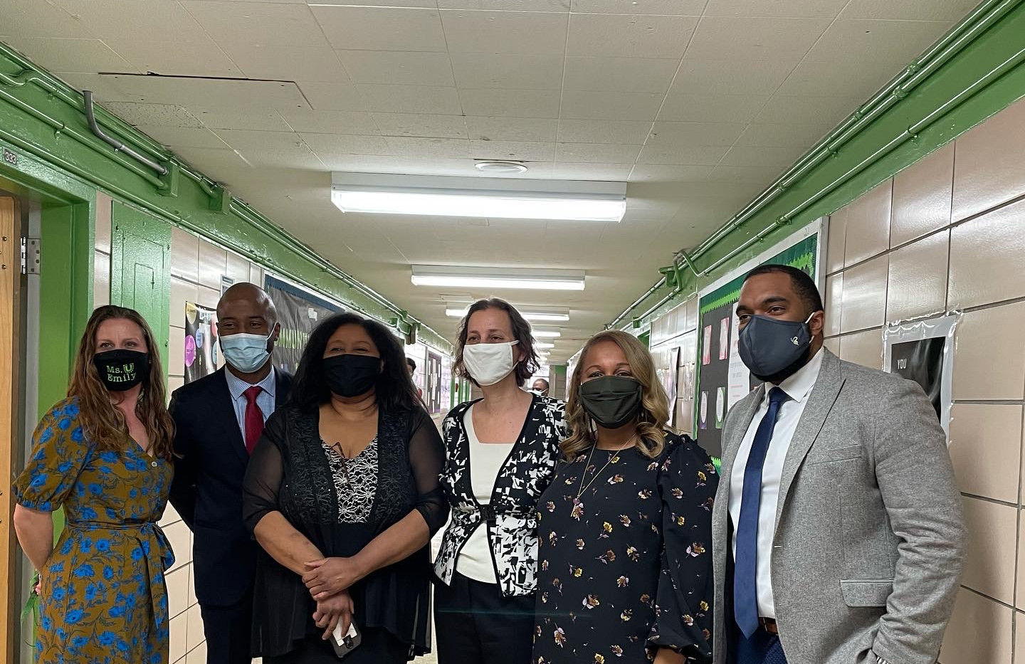 Principal Paige, Superintendent Kamar Samuels, Executive Superintendent Karen Watts, Julie Shapiro from the Fund for Public Schools, NYCDOE Chancellor Ross Porter, Brendan Frame from the Urban Assembly