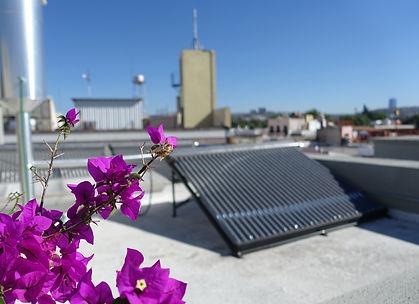 colectores solares__Hotel Mama Carlota.j
