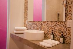 Hotel_Mama_Carlota_Baño_1