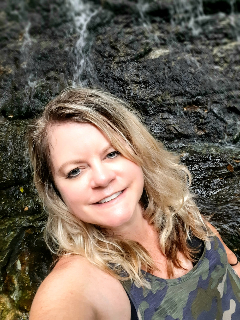 Angie Kunze, travel blogger, creative photographer at Toto, we're not in Kansas anymore Travel blog and creative photography art sales