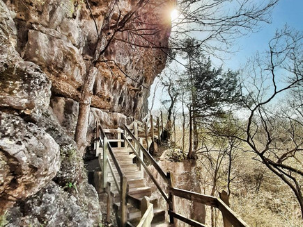 Ha Ha Tonka State Park, Missouri; recommended hiking trail combinations & general park visitor info