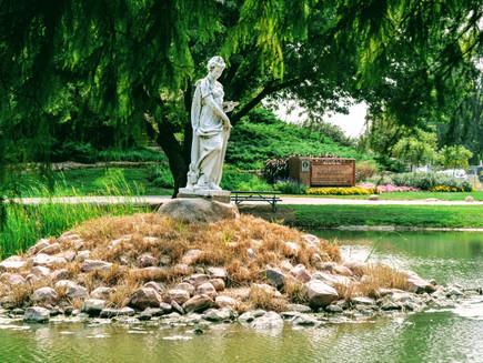 City Park, Wamego Kansas : history,  veterans memorial, Dutch windmill and a perfect spot to relax!
