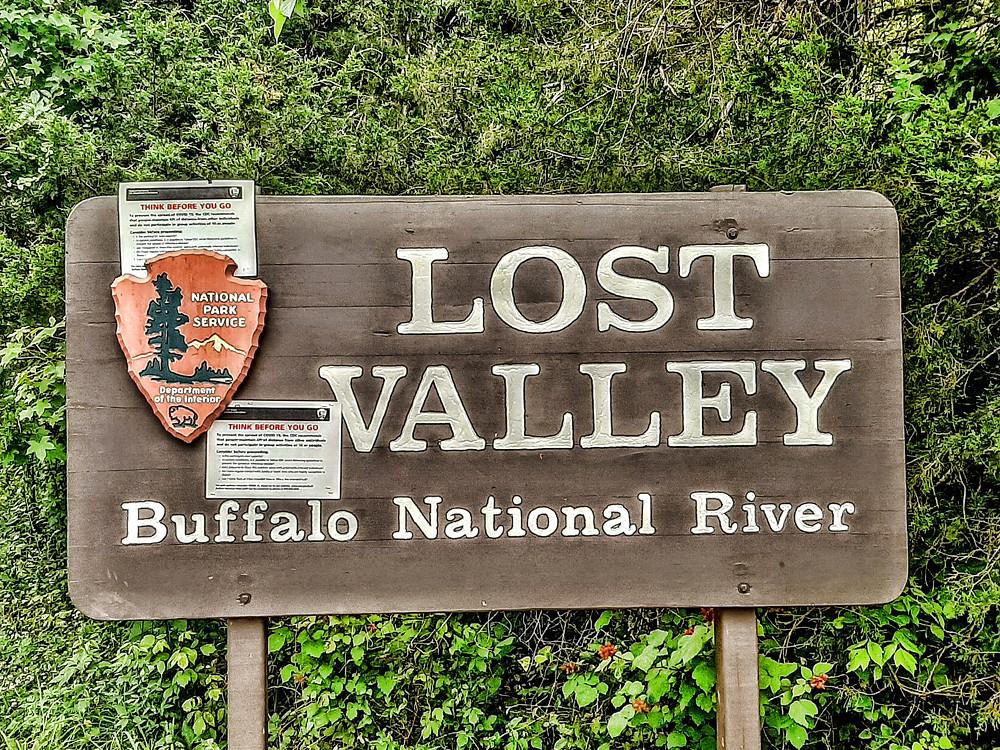 Lost Valley hiking trail, Buffalo River National Park near Ponca Arkansas