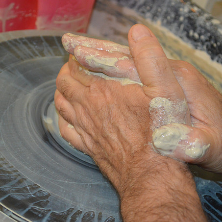 Introducing the Pottery of Mike Anderson
