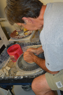 Mike Anderson pottery demonstration