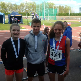 U15 800m medallists Hannah, Michael and Charlotte