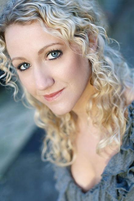Emma Beckitt Singer/Actress London