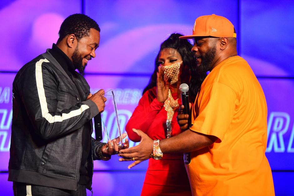 Canton Jones receiving Trailblazer Award