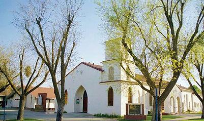 Holy-Family-Catholic-Church-kingsburg.jpg