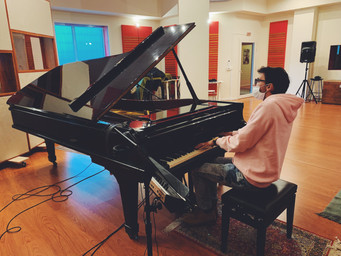 stefano-d'amico-recording-studio-composer-pianist-steinway