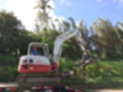 Excavator solo_edited.jpg
