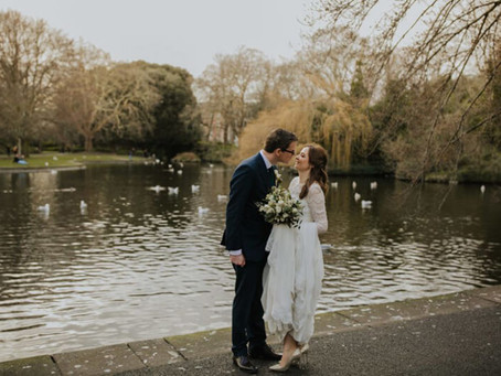 A Chic Dublin City Soirée in the Depths of Winter: Úna & Kevin