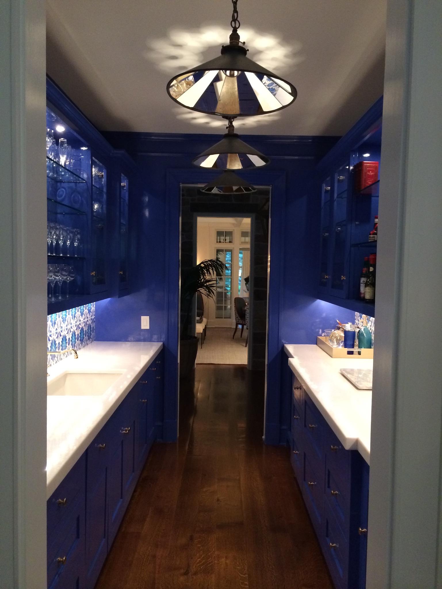 High Gloss Bar/ Cabinets