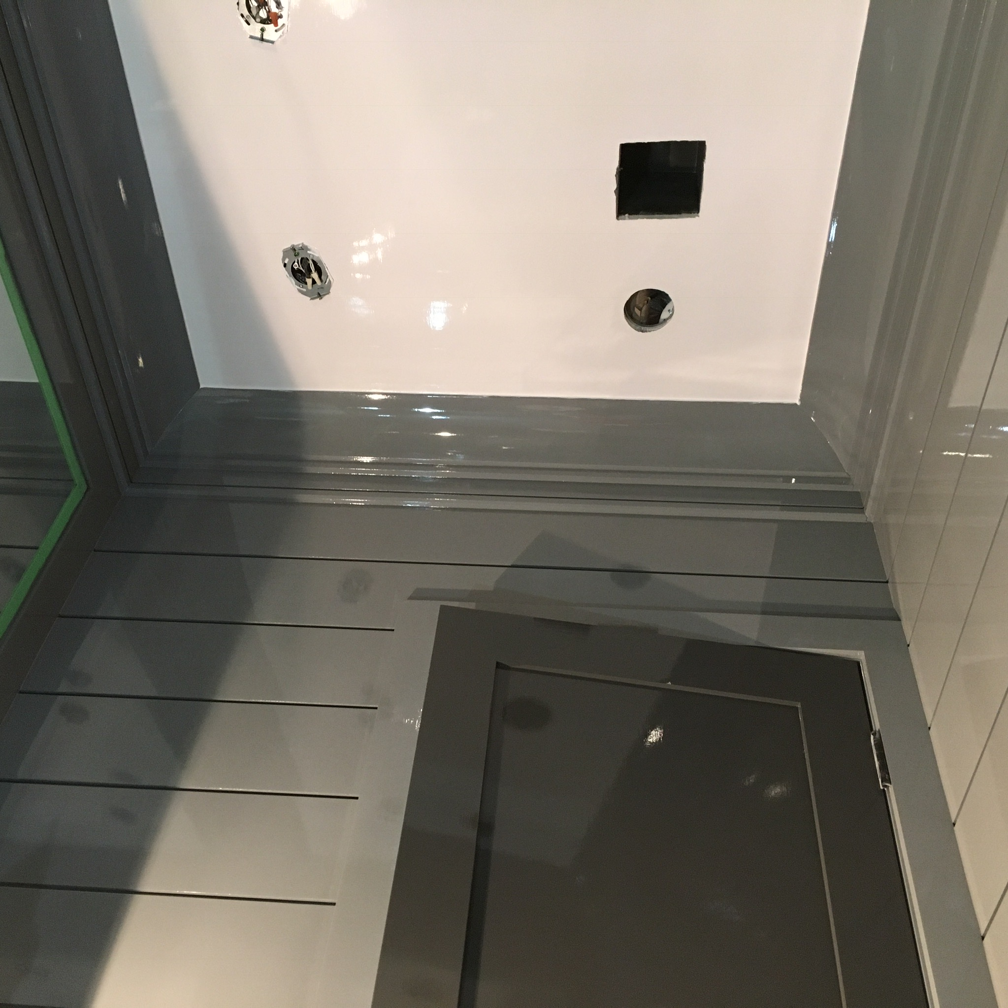 High Gloss Bathroom