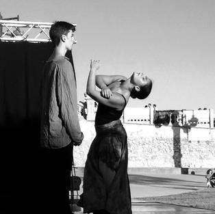 """""""Los Dones"""" Choreographer: Núria Serra"""