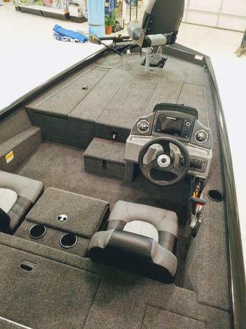 West Lakes Boat Mart | Crestliner Fishing Boats | Indiana
