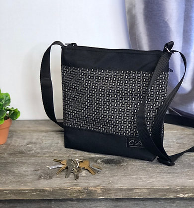 #401 Petit sac Percé petits motifs