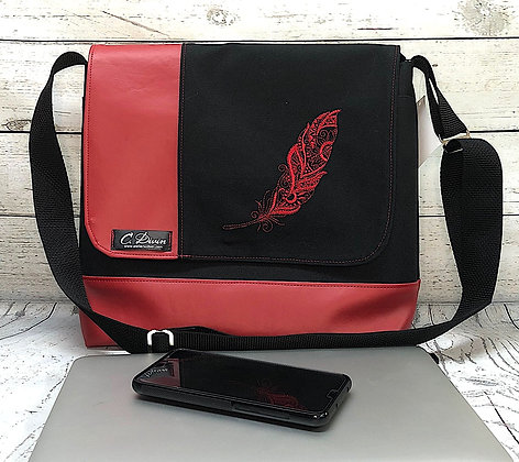 Grand sac Allemagne broderie plume rouge